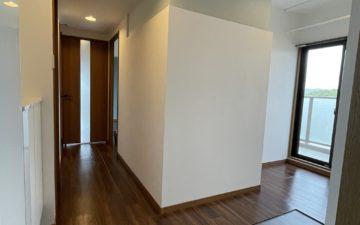 マンションの広い玄関